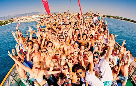 kunestra agency party boat